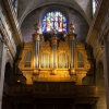 Orgue monumental en tribune.