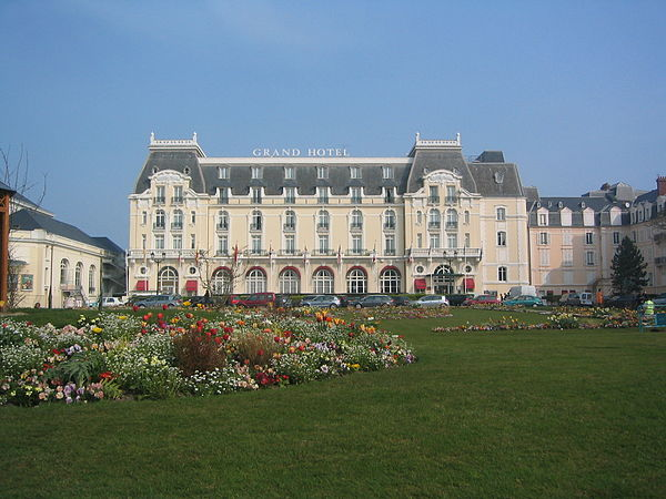 Grand Hotel Cabourg Site Officiel